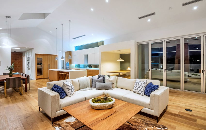 חלונות בלגיים ירוקים לסביבה של חברת אנדרסן המומחים בייצור והתקנה של חלונות מעוצבים ודלתות כניסה מעוצבות