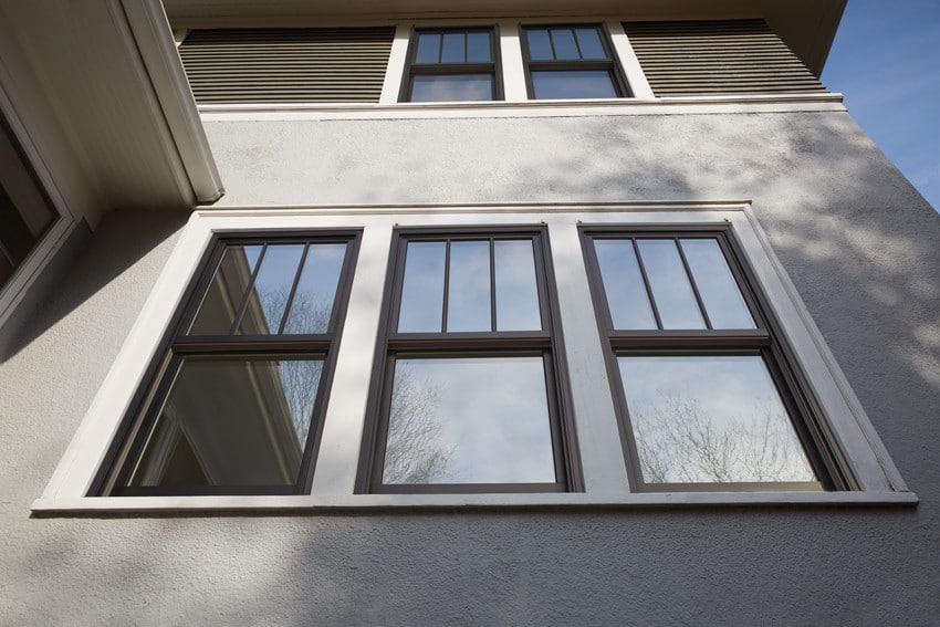 חלונות גליוטינה של חברת אנדרסן המומחים בייצור חלונות לבית ודלתות כניסה מעוצבות