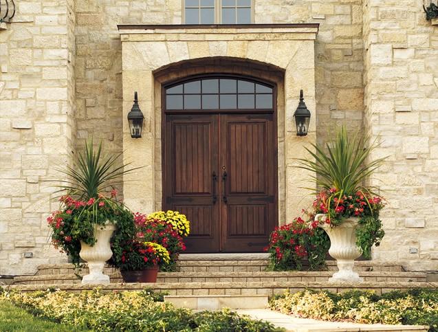 דלתות כניסה מעץ - אנדרסן חלונות ודלתות