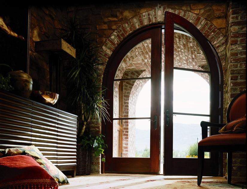דלתות זכוכית של חברת אנדרסן המומחים בייצור והתקנה של חלונות מעוצבים ודלתות כניסה מעוצבות