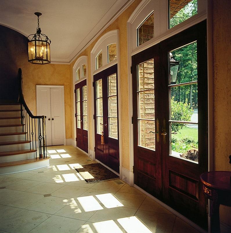 דלת יציאה מהמרפסת של חברת אנדרסן המומחים בייצור והתקנה של חלונות מעוצבים ודלתות כניסה מעוצבות