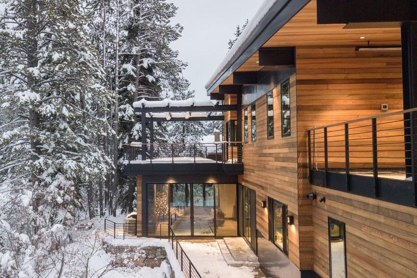 חלונות עץ מחומרים ממוחזרים של חברת אנדרסן המומחים בייצור והתקנה של חלונות מעוצבים ודלתות כניסה מעוצבות