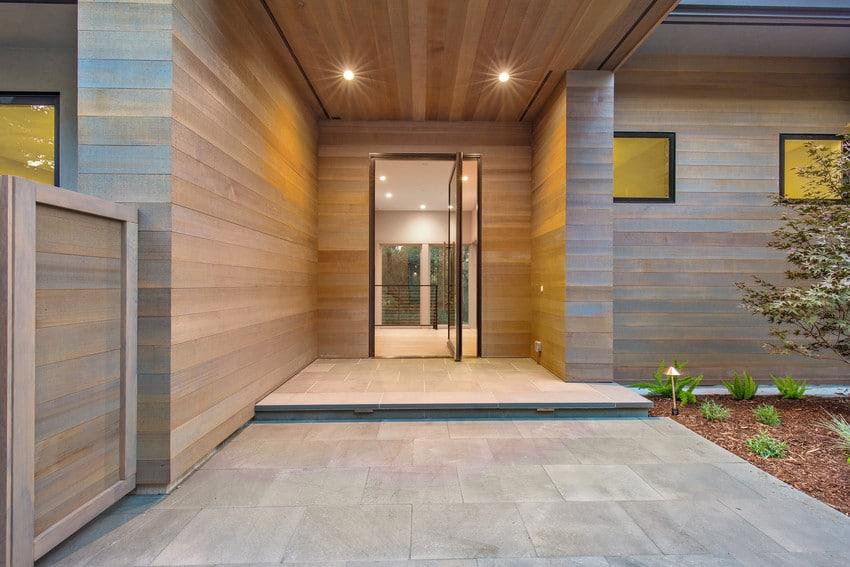 דלת בלגית מסדרה E של חברת אנדרסן המומחים ביצור והתקנה של דלתות חוץ וחלונות מעוצבים