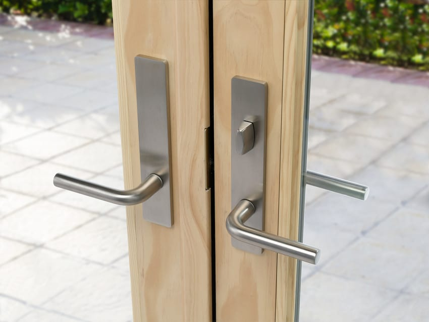 דלתות בלגיות מסדרה A של חברת אנדרסן המומחים ביצור והתקנה של דלתות חוץ וחלונות מעוצבים