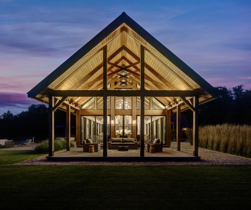 חלונות עץ מסדרה 200 של חברת אנדרסן חלונות לבית ודלתות כניסה מעוצבות