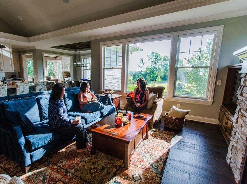מהו המחיר של חלונות עץ? אנדרסן, מומחים בייצור חלונות מעוצבים ודלתות מעוצבות